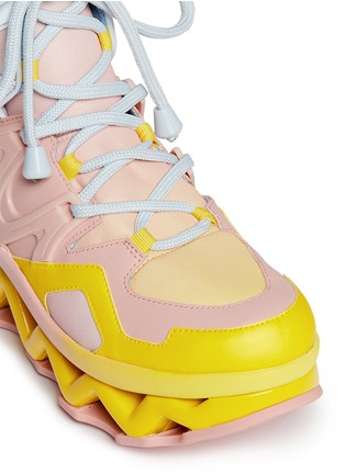 Detail View - Click To Enlarge - Marc by Marc Jacobs - 'Ninja' zigzag rubber platform sneakers