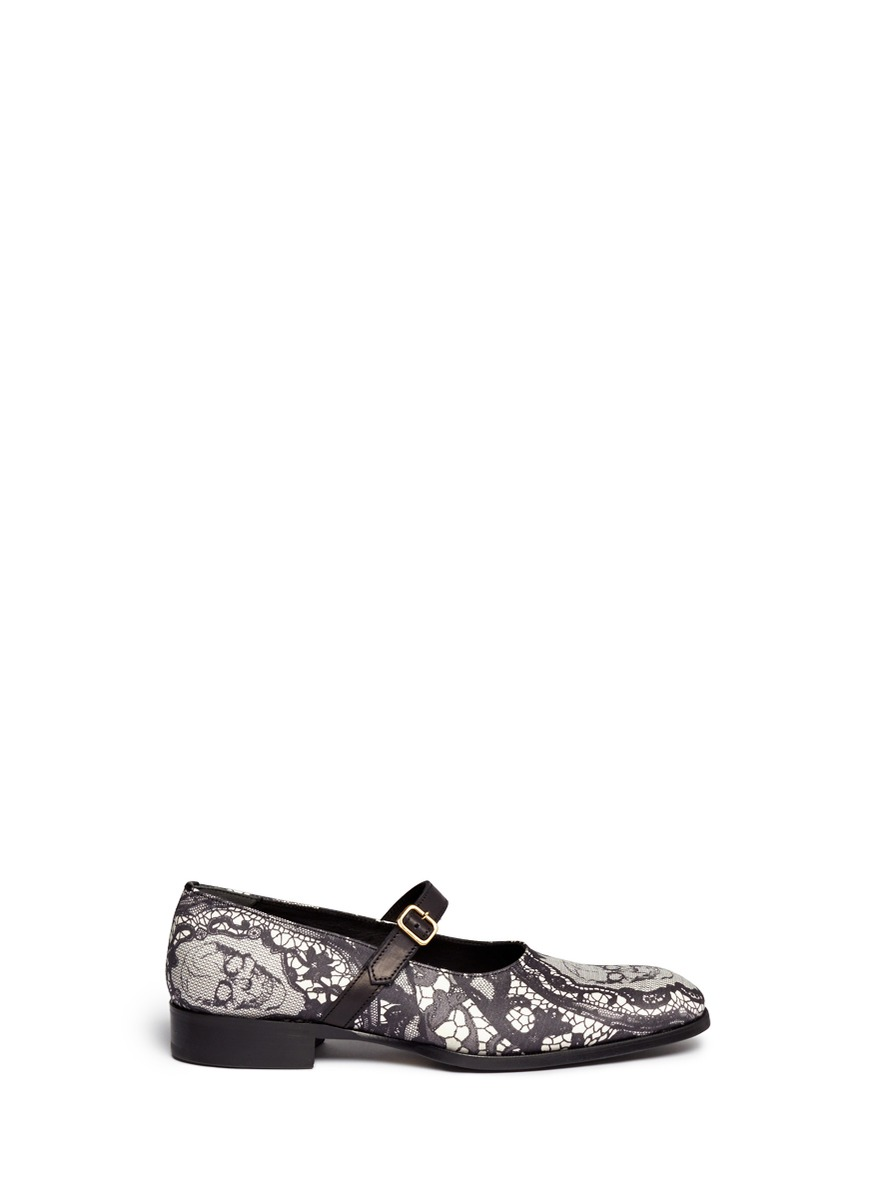 Skull lace buckle-strap shoes