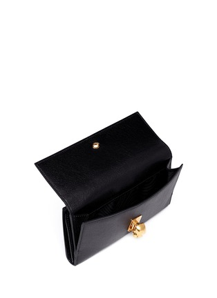 Detail View - Click To Enlarge - Alexander McQueen - Skull clasp leather continentalwallet