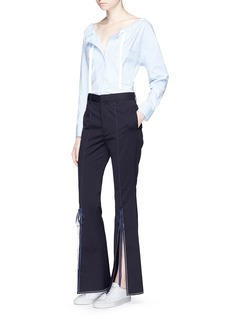 Comme Moi Ribbon split cuff twill flared pants