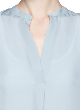 Detail View - Click To Enlarge - Vince - Collarless silk blouse