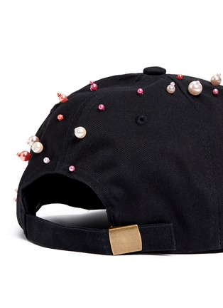Detail View - Click To Enlarge - Piers Atkinson - Faux pearl embellished baseball cap