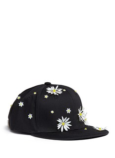 Piers AtkinsonSwarovski crystal embellished daisy baseball cap