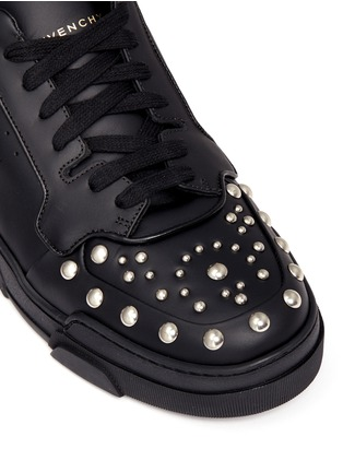Detail View - Click To Enlarge - Givenchy - 'Tyson' stud leather sneakers