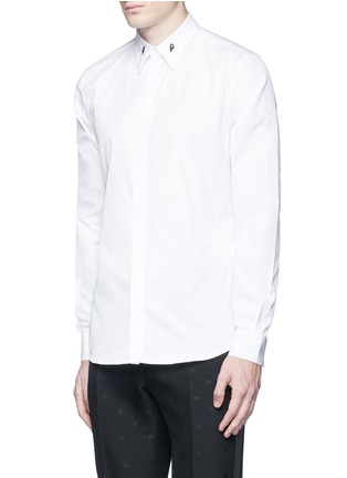 Front View - Click To Enlarge - Givenchy - Star engraved collar bone poplin shirt