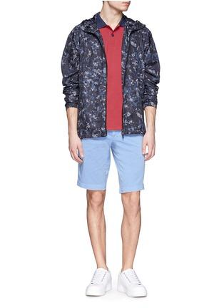 模特儿示范图 - 点击放大 - MONCLER - 纯色休闲短裤