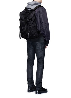 Marcelo Burlon ''Pissis' icon patch backpack