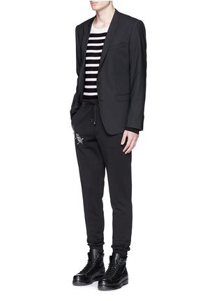 模特儿示范图 - 点击放大 - DOLCE & GABBANA - 拼色横纹羊绒针织衫