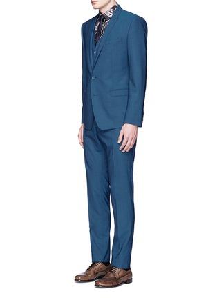 模特儿示范图 - 点击放大 - DOLCE & GABBANA - 纯色羊毛连马甲西服套装