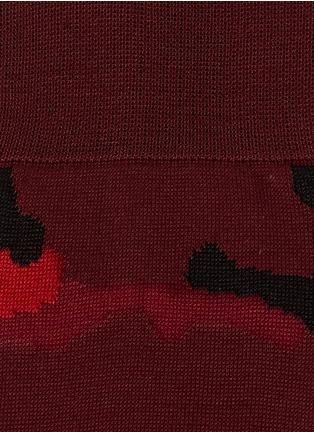 细节 - 点击放大 - VALENTINO - 迷彩图案袜子