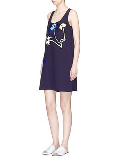 VICTORIA, VICTORIA BECKHAM Palm tree embroidered shift dress