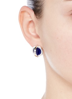 W.Britt 'Cross Circle' inset lapis earrings