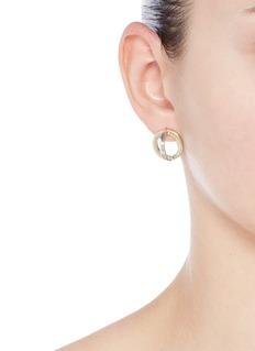 W.Britt'Cross Circle' 18k gold stud earrings