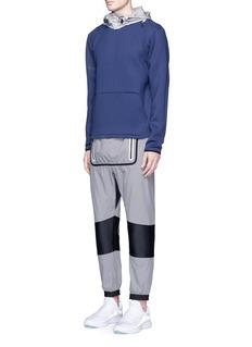 DyneConcealable hood sweatshirt