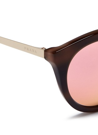Detail View - Click To Enlarge - Prada - Tortoiseshell effect interior acetate mirror sunglasses