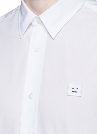 Detail View - Click To Enlarge - Acne Studios - 'Jeffrey' emoji patch poplin shirt