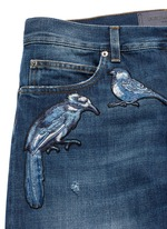 'Gold 14' bird patch embroidery jeans