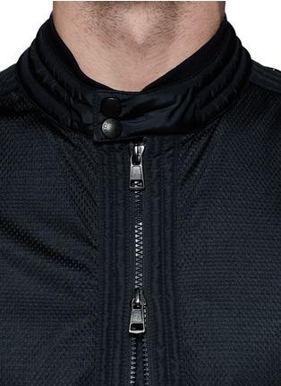 细节 - 点击放大 - MONCLER - LEMAN网眼拼贴夹克