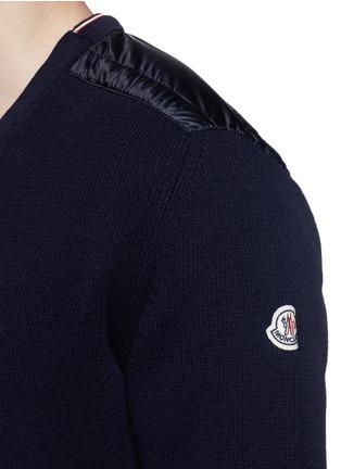 细节 - 点击放大 - MONCLER - 羽绒绗缝拼贴针织开衫
