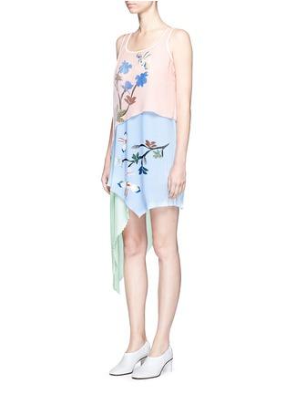 Front View - Click To Enlarge - HELEN LEE - Flying bunny print pleated asymmetric tiered dress