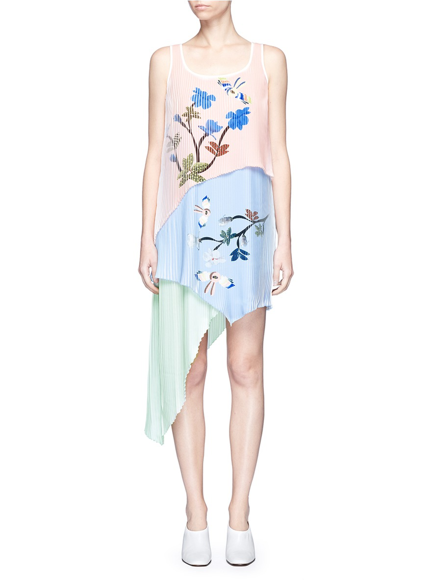Flying bunny print pleated asymmetric tiered dress by HELEN LEE