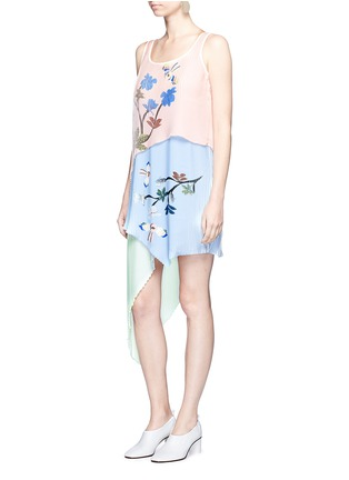 Figure View - Click To Enlarge - HELEN LEE - Flying bunny print pleated asymmetric tiered dress