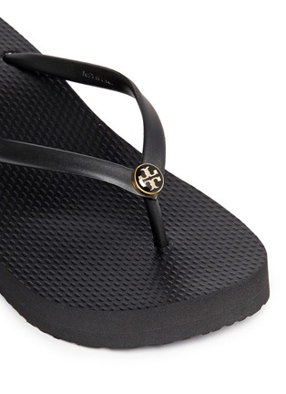 Detail View - Click To Enlarge - Tory Burch - 'Thin' wedge flip flops