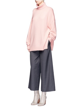 Figure View - Click To Enlarge - Tibi - Oversized cashmere turtleneck sweater
