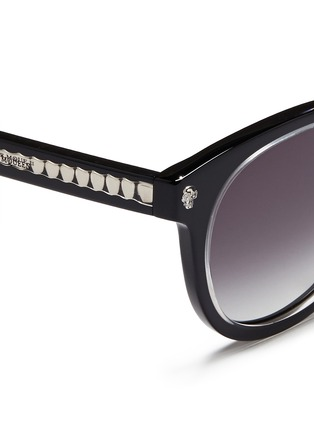 Detail View - Click To Enlarge - Alexander McQueen - Floating skull stud acetate round sunglasses