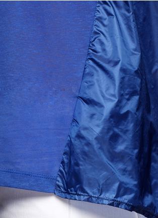 细节 - 点击放大 - MONCLER - 拼贴褶饰纯棉T恤