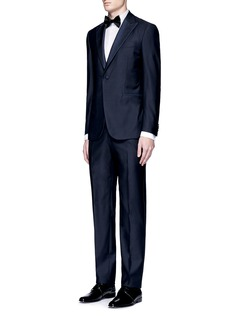 Armani CollezioniHerringbone cotton tuxedo shirt