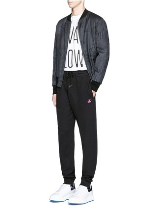 Figure View - Click To Enlarge - McQ Alexander McQueen - Swallow skull patch appliqué sweatpants