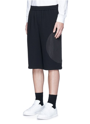 Front View - Click To Enlarge - McQ Alexander McQueen - 'Taito' circle insert shorts