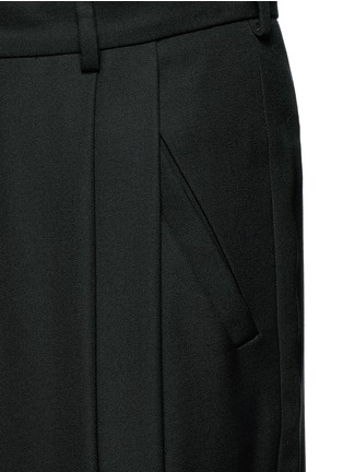 Detail View - Click To Enlarge - McQ Alexander McQueen - Relaxed fit pleat front wool pants