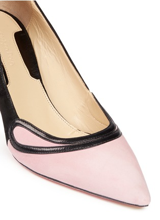 Detail View - Click To Enlarge - CHELSEA PARIS - 'Sayan' leather trim colourblock suede pumps