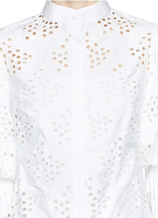 Detail View - Click To Enlarge - Alexander McQueen - Broderie Anglaise puff sleeve blouse