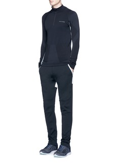 Falke SportsMock neck zip running shirt