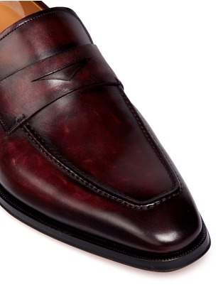 Detail View - Click To Enlarge - Magnanni - Burnished leather penny loafers