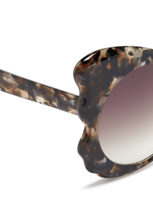 Detail View - Click To Enlarge - Matthew Williamson - Tortoiseshell effect acetate butterfly cat eye sunglasses