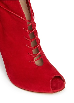 Detail View - Click To Enlarge - Gianvito Rossi - V-throat lace-up boots
