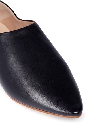 Detail View - Click To Enlarge - Acne Studios - 'Amina' leather babouche slides