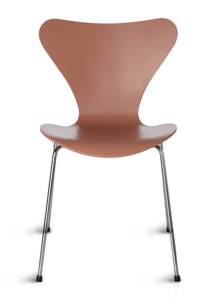 Main View - Click To Enlarge - Republic of Fritz Hansen - Series 7 Chair