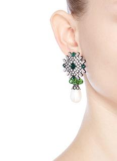 Kenneth Jay LaneGlass crystal plate faux pearl drop clip earrings