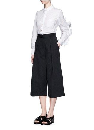 Figure View - Click To Enlarge - TOGA ARCHIVES - Cutout ruffle sleeve poplin shirt