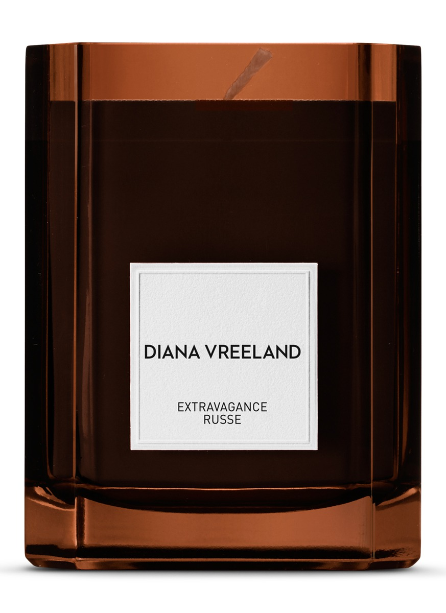 Extravagance Russe Candle 275g by Diana Vreeland