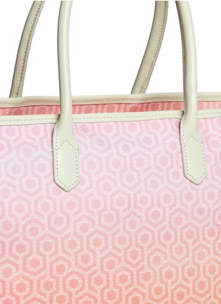 Detail View - Click To Enlarge - Mischa - 'Shopper Tote' in gradient Seigaiha wave hexagon print