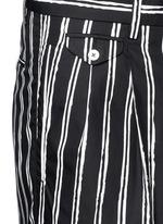 Vertical stripe cotton shorts