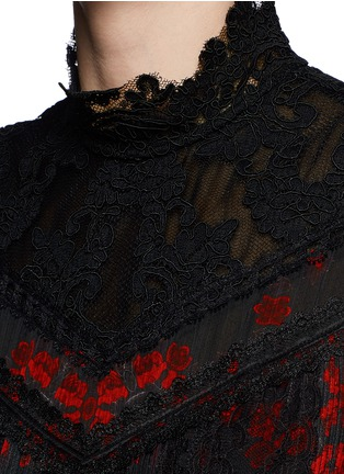 Detail View - Click To Enlarge - alice + olivia - 'Briella' lotus flower print lace pleat dress