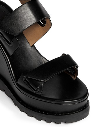 细节 - 点击放大 - MARC BY MARC JACOBS - 粘贴搭带坡跟凉鞋