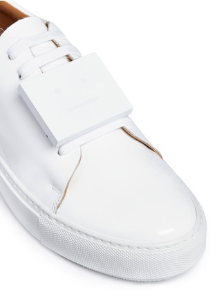 Detail View - Click To Enlarge - Acne Studios - 'Adriana' emoticon plate patent leather sneakers